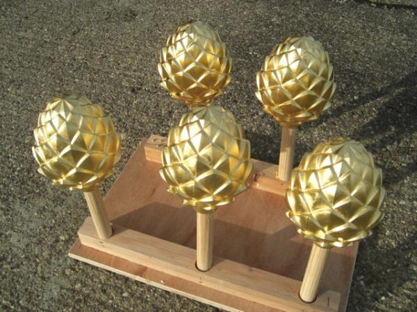 Goldleaf Finials
